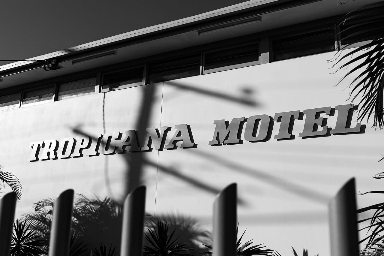 fine-art-photographer-motel (1 of 5).jpg